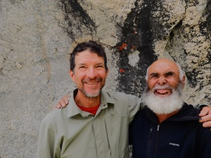 Steve Swenson with Rasool. (Source: http://steveswensonsblog.blogspot.com/